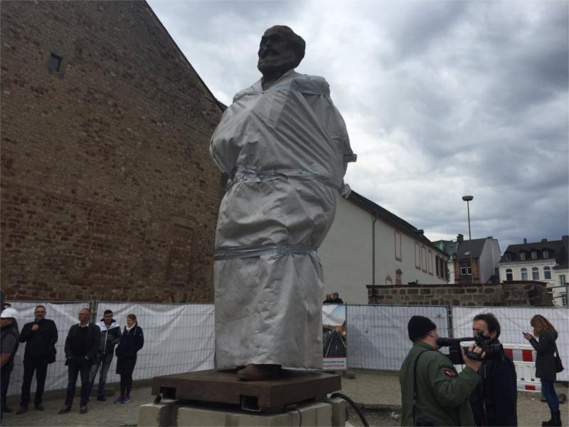 """Riesige Karl-Marx-Statue in Trier als """"Geschenk"""" der chinesischen Kommunisten? – NEIN DANKE!"""