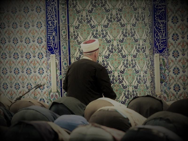 Rigorose Maßnahmen gegen radikale Moscheen und Imame!