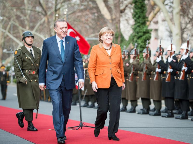 Kein Staatsbankett für Erdogan – türkischen Staatsbesuch in Deutschland absagen!