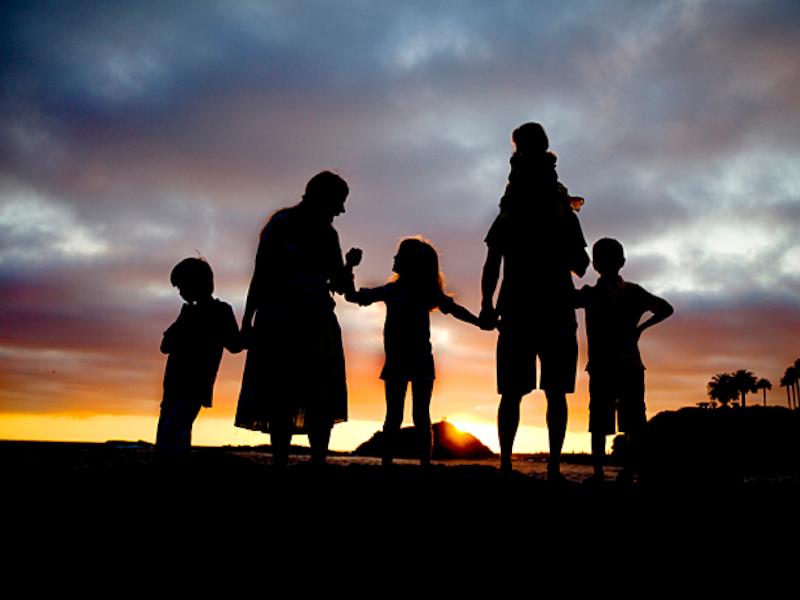Neues Abstammungsrecht stoppen – Kinder haben ein Recht auf Vater und Mutter!
